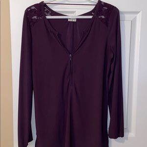 Tops - Super cute Thyme Maternity zip up top
